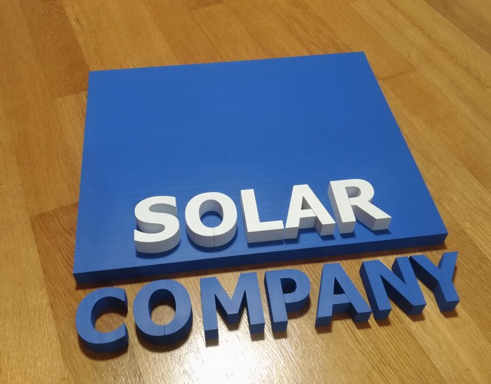 3D logo 2 farebne solar company