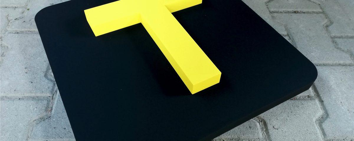 3D symbol T s podkladom 3Dpismena.sk